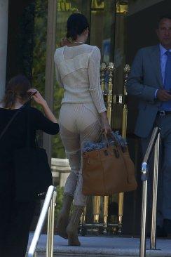 Kendall Jenner (37)
