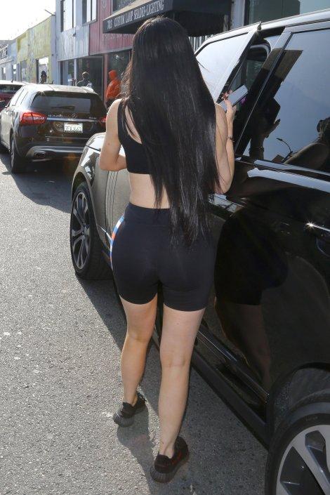 Kylie Jenner (27)