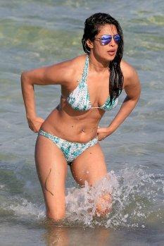 Priyanka Chopra (20)
