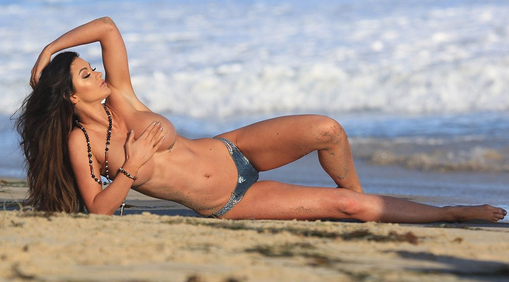 Ashley Youdan - Topless Photoshoot Candids in Malibu (NSFW)