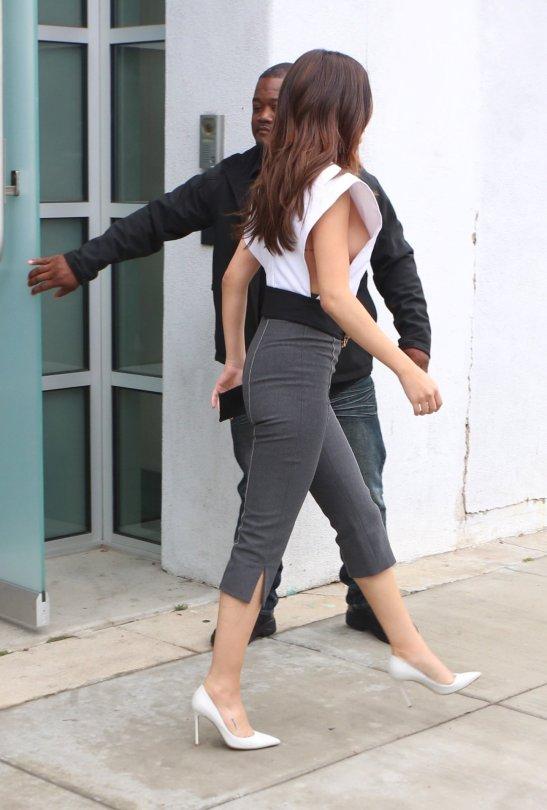 Selena Gomez Boob Pics 64