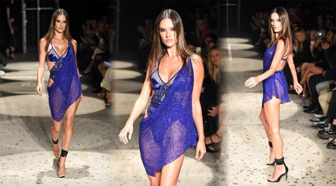 Alessandra Ambrosio – Julien Macdonald Fashion Show in London
