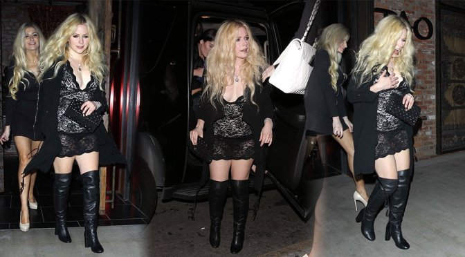 Avril Lavigne at Warwick Night Club in Los Angeles