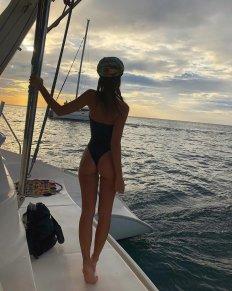 Emily Ratajkowski Swimsuit Ass Sexy