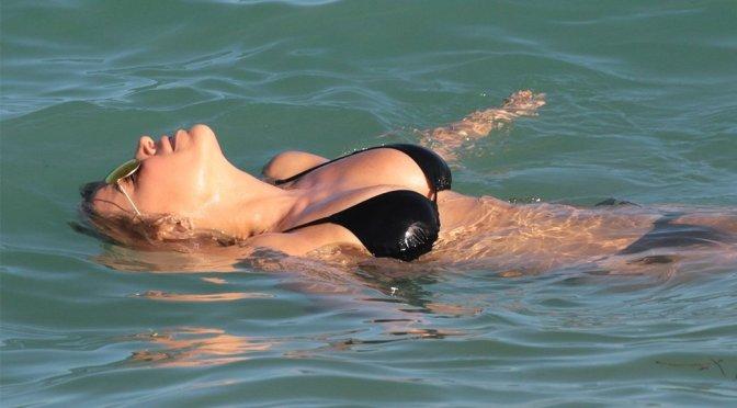 Sylvie Meis – Bikini Candids in Miami