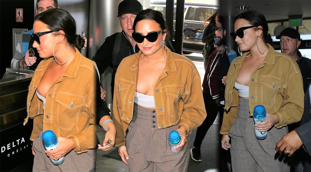 Demi Lovato - Candids in Los Angeles