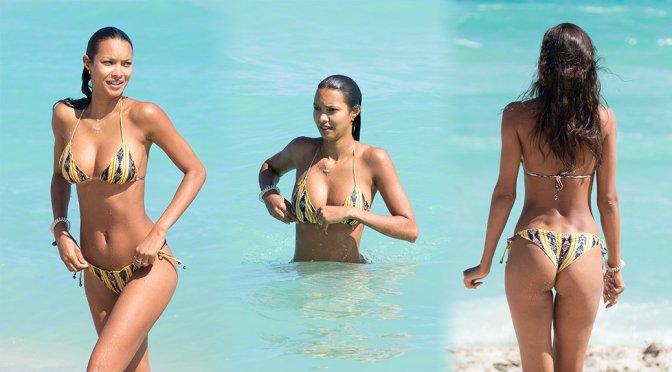 Lais Ribeiro – Bikini Candids in Miami