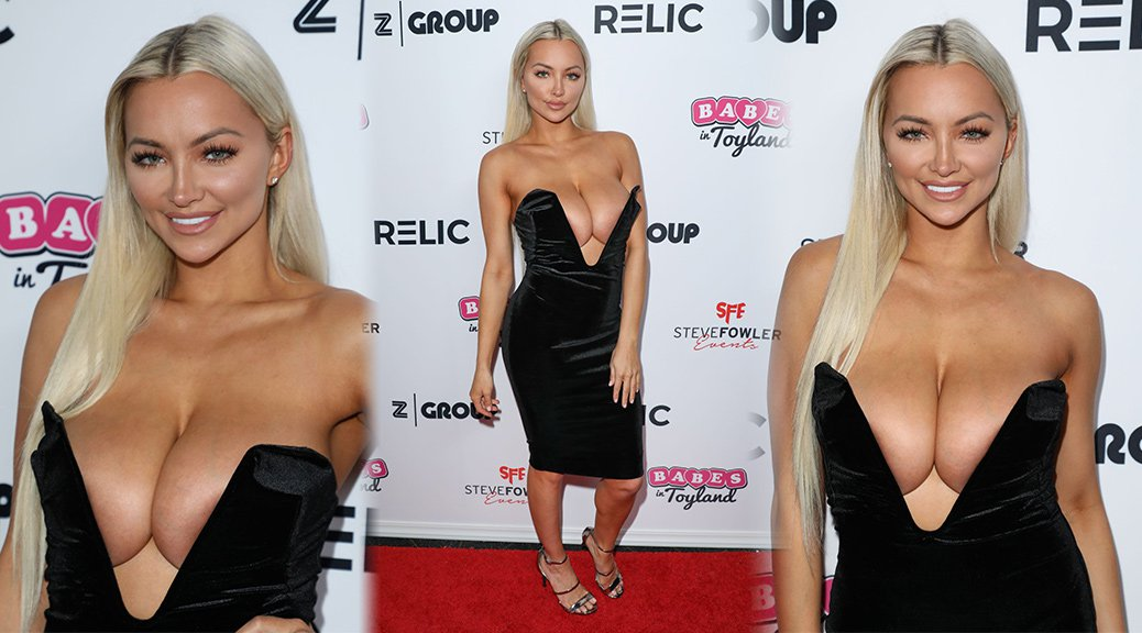 Lindsey Pelas - Babes in Toyland Pet Edition Fundraiser in Hollywood