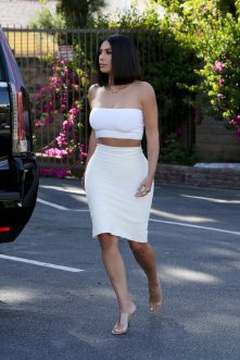Kim Kardashian Braless Curvy Body