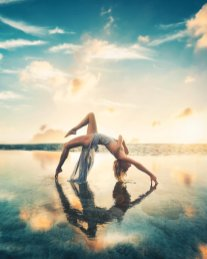 Sara Underwood Yoga