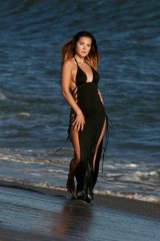 Kaili Thorne Sexy Water Photoshoot