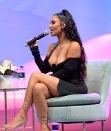 Kim Kardashian Big Cleavage