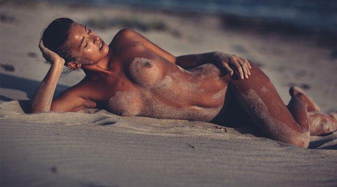 Marisa Papen – Naked Photoshoot by Thomas Agatz (NSFW)