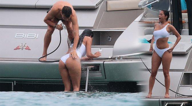 Nicole Scherzinger – Swimsuit Candids in Saint Tropez