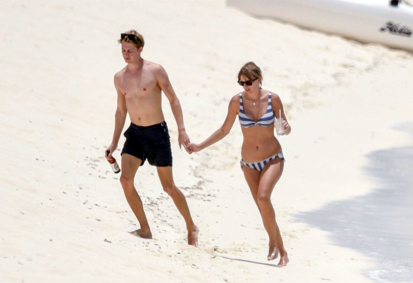 Taylor Swift Sexy Small Bikini
