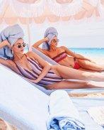 Victoria Justice & Madison Grace Sexy Swimwear