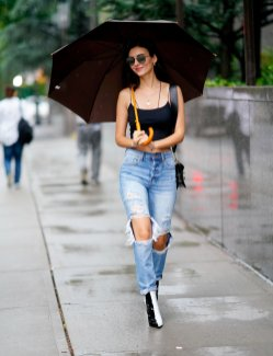 Victoria Justice Beatiful In Nyc