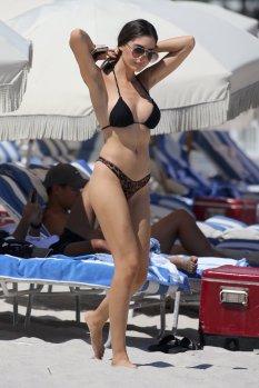 Jasmine Tosh Sexy Bikini Body