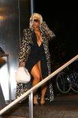 Nicki Minaj Big Boobs And Sexy Legs