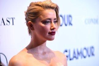 Amber Heard Sexy Cleavage