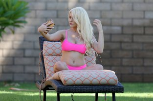 Courtney Stodden Pink Bikini