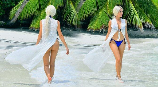 Farrah Abraham – BIkini Photoshoot in Maldives