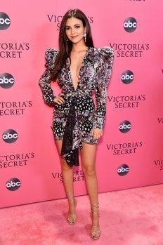 Victoria Justice Sexy Low Cut Dress