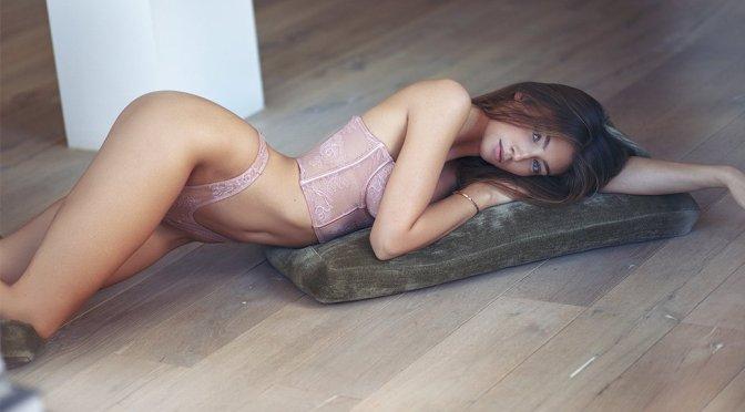 Lorena Rae – Sexy Photoshoot by Victor Robertof