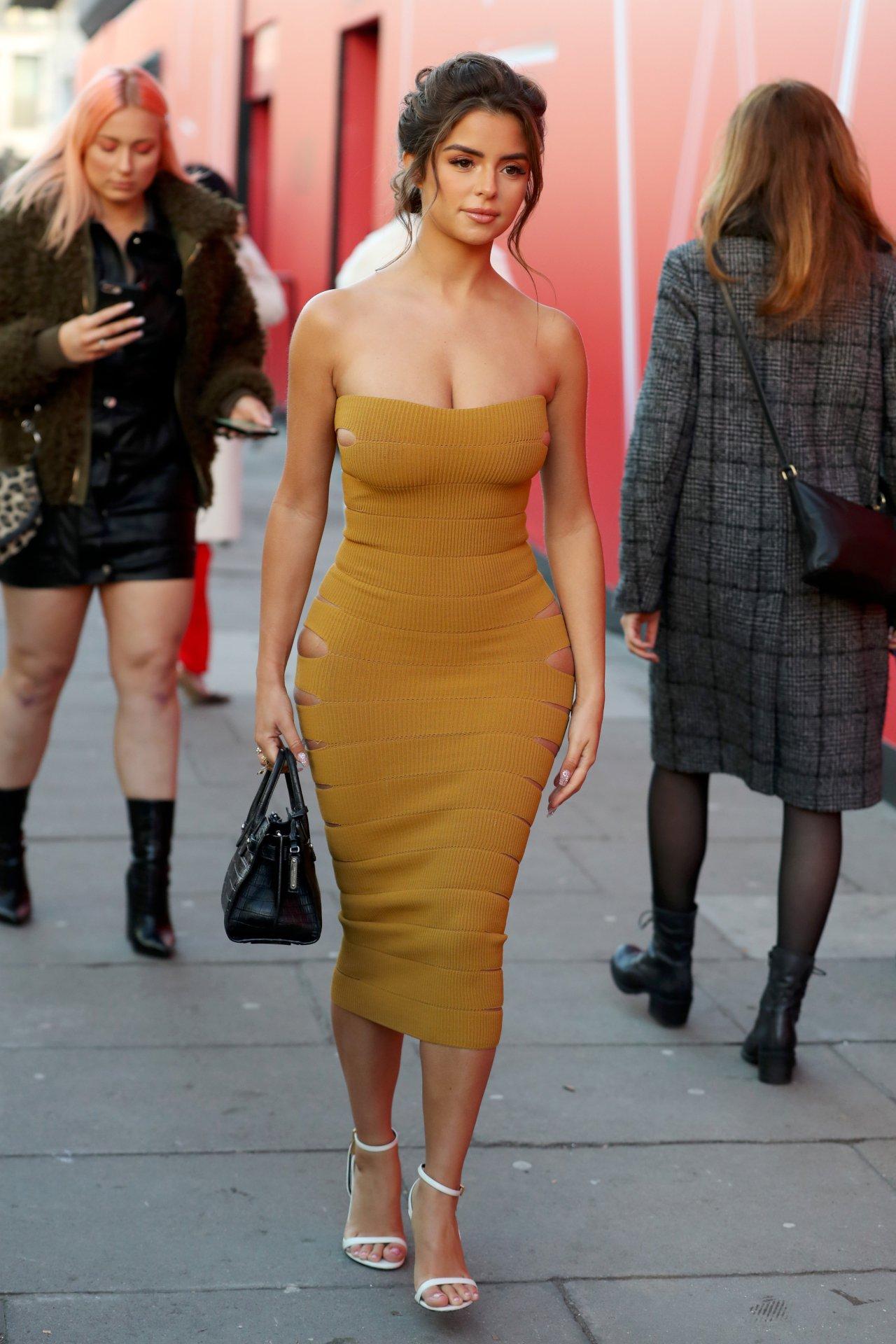 Demi Rose Mawby Hot Body