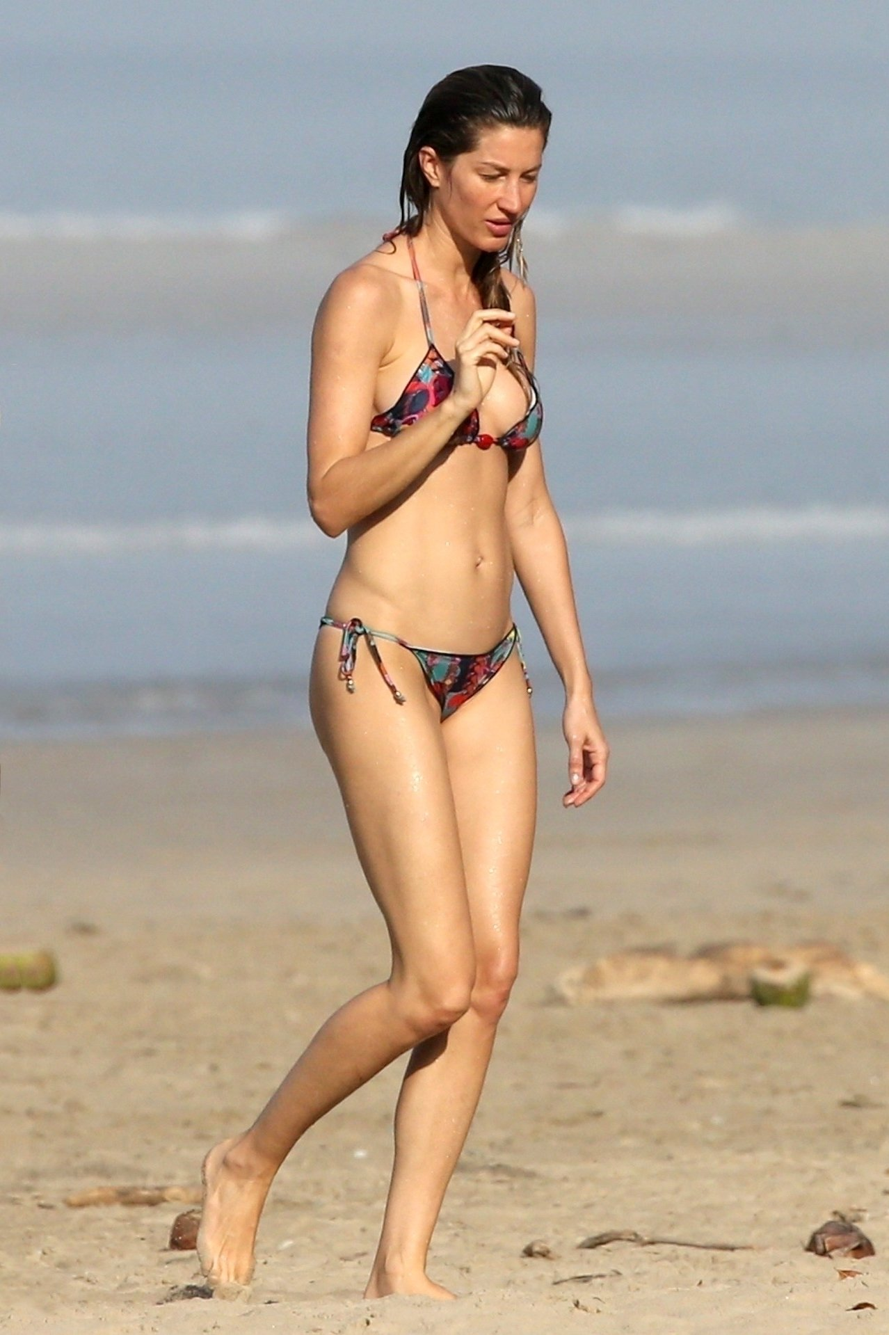 Gisele Bundchen Sexy Bikini