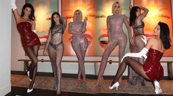 Kendall Jenner, Kourtney & Khloe Kardashian – Sexy Photoshoot