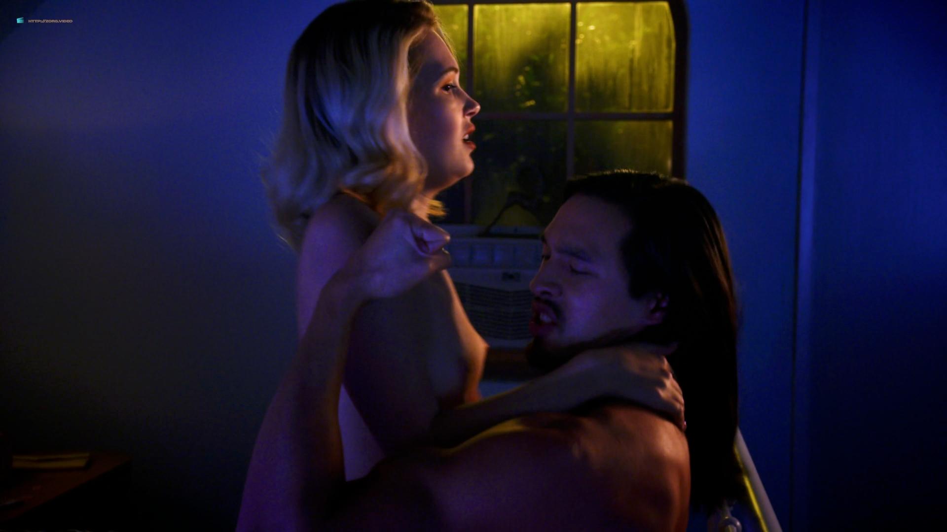 Kelli Berglund Topless