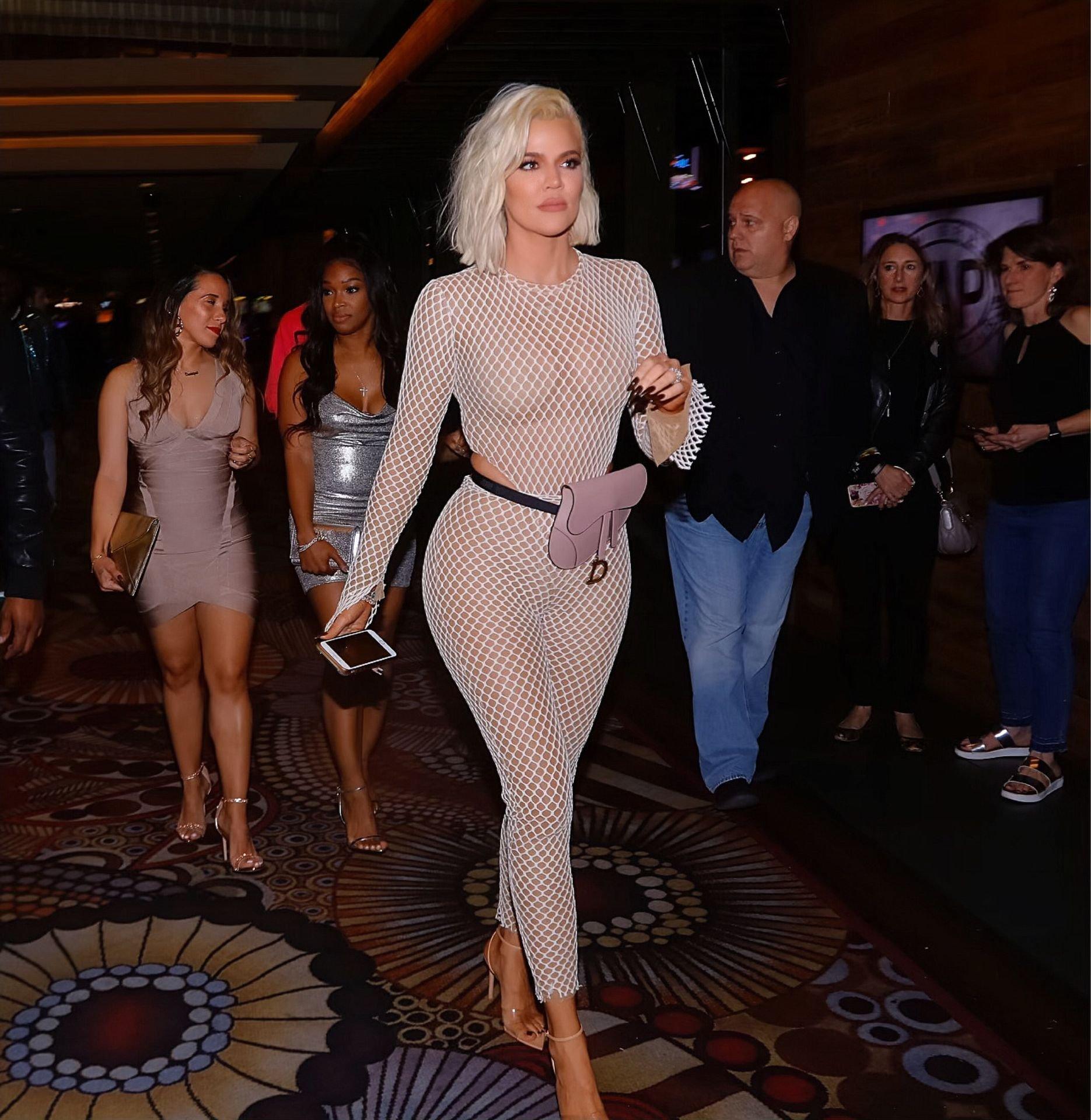 Khloe Kardashian – Sexy Candids in Las Vegas