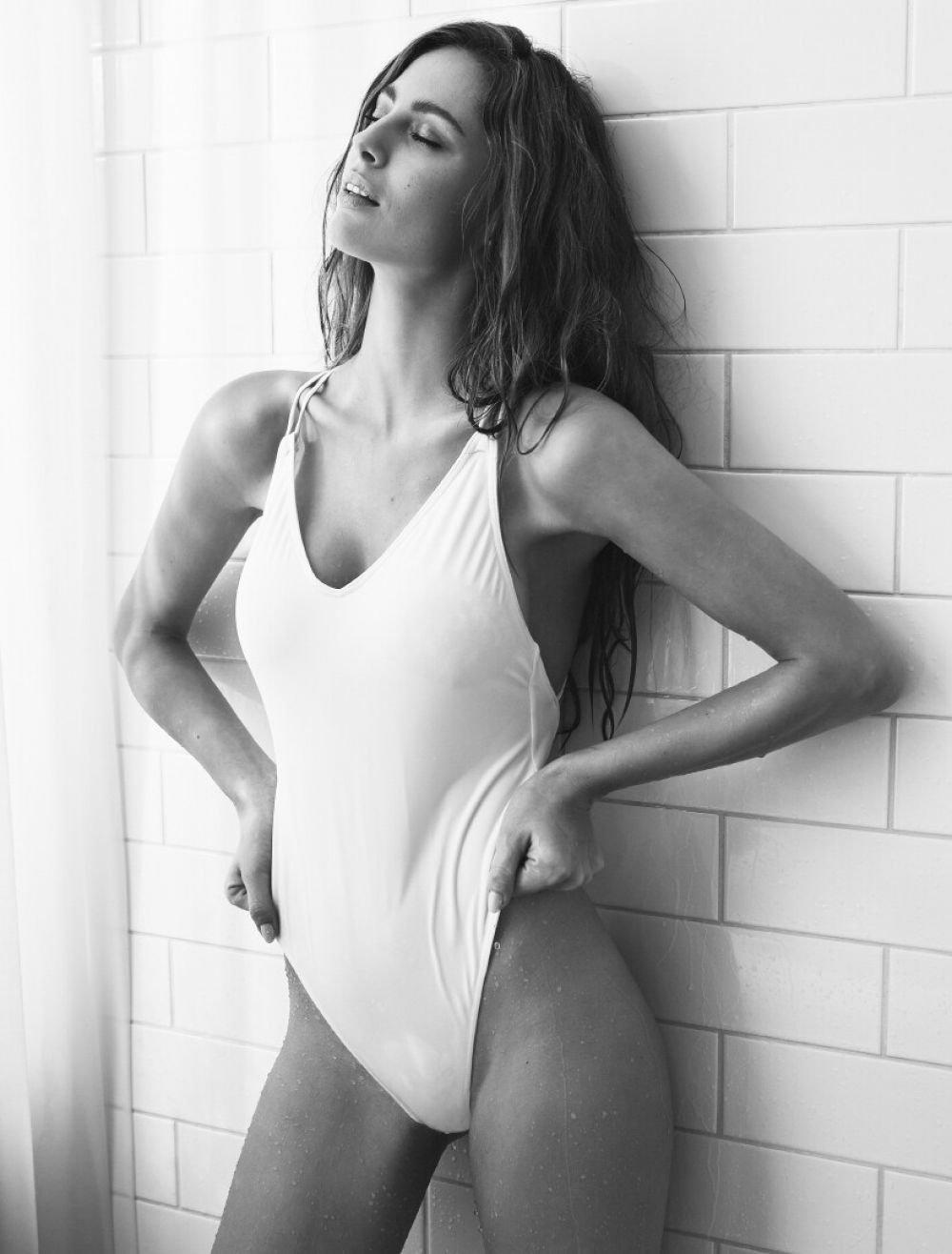 Hottest female athletes naked