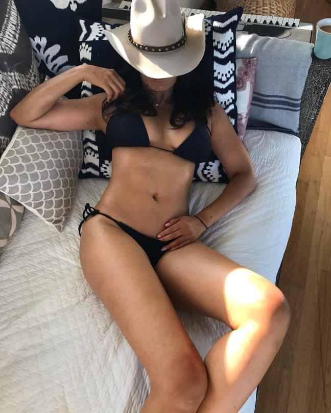 Padma Lakshmi Sexy Body In A Bikini