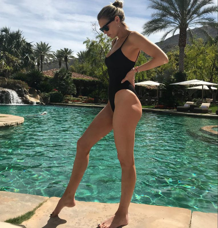 Sara Foster Leggy In A Swimsuit
