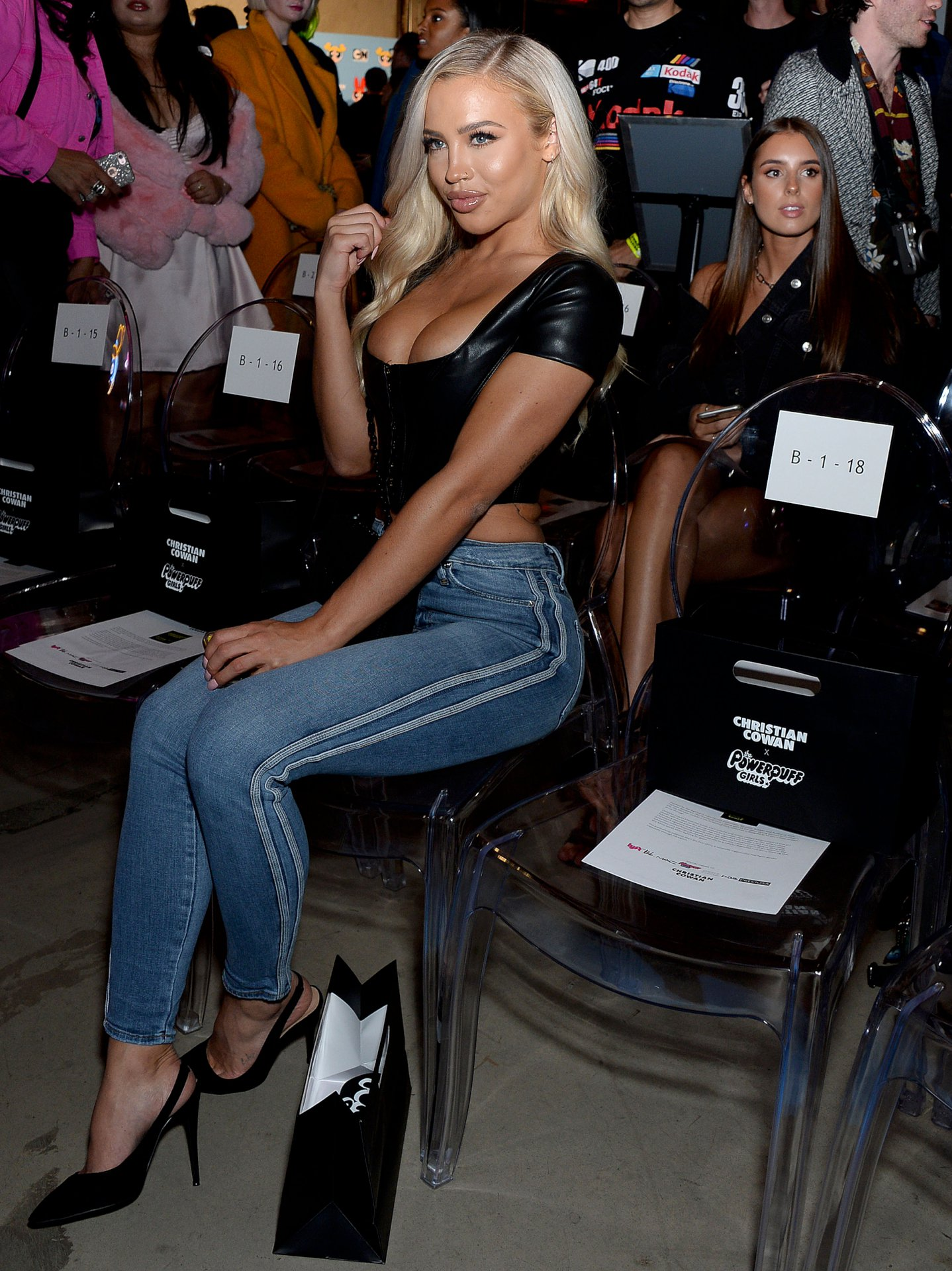 Tammy Hembrow Sexy Ass In Jeans