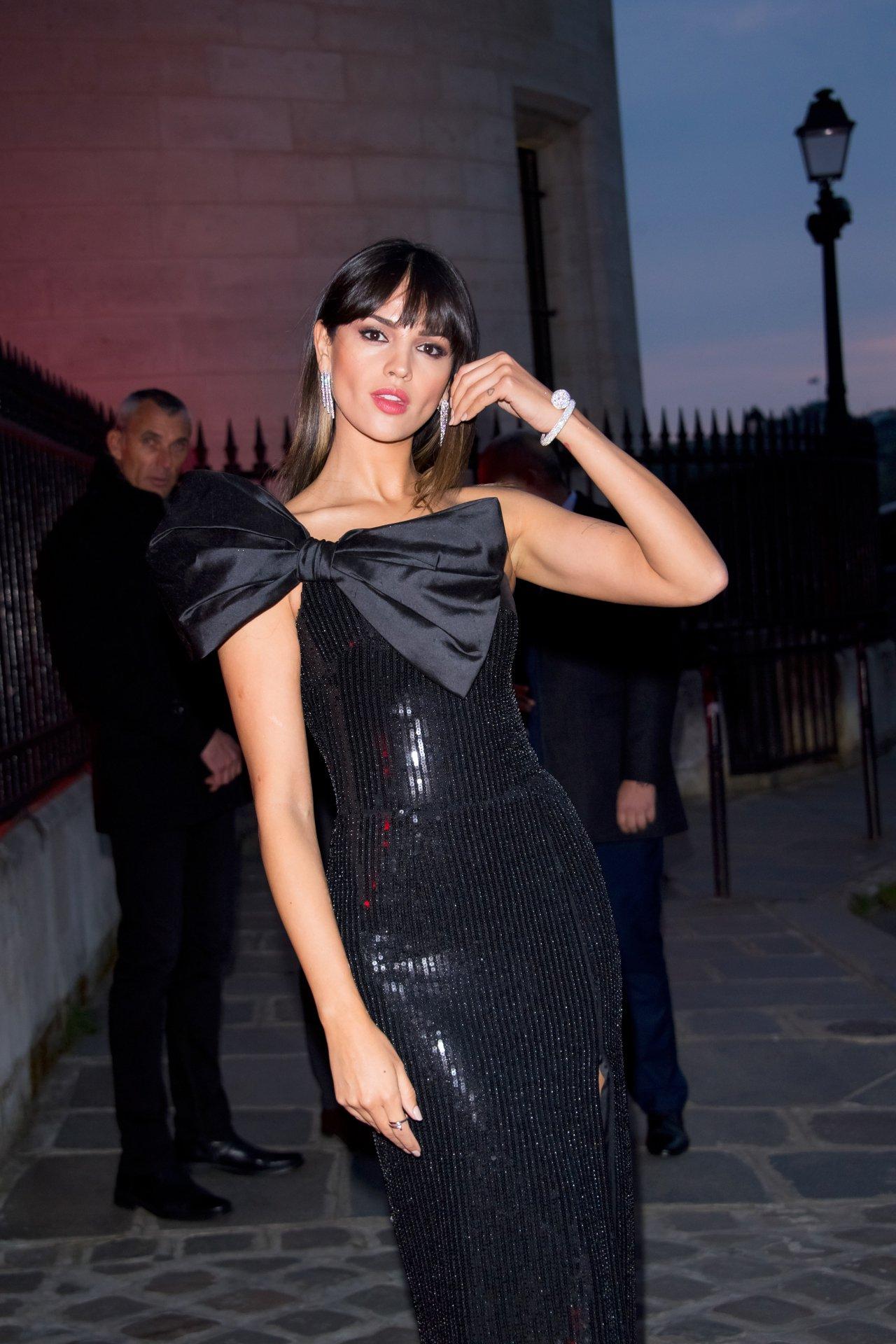 Eiza Gonzalez Sexy
