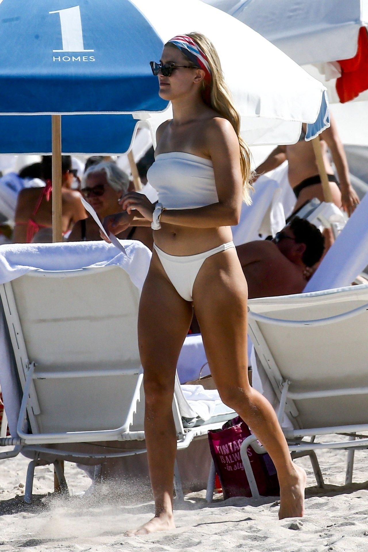 Eugenie Bouchard Sexy White Bikini