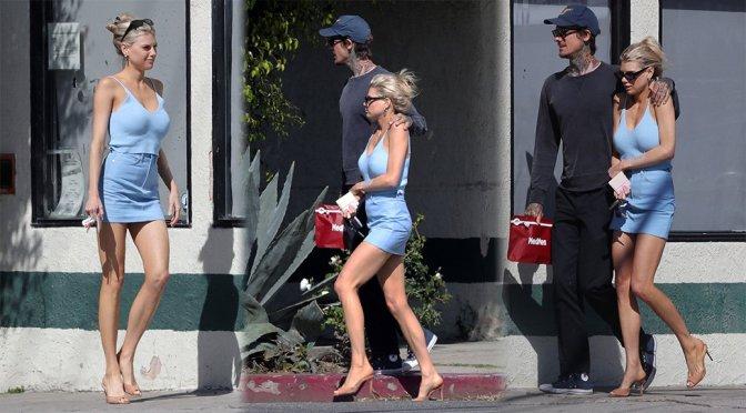 Charlotte McKinney – Sexy Candids in Venice