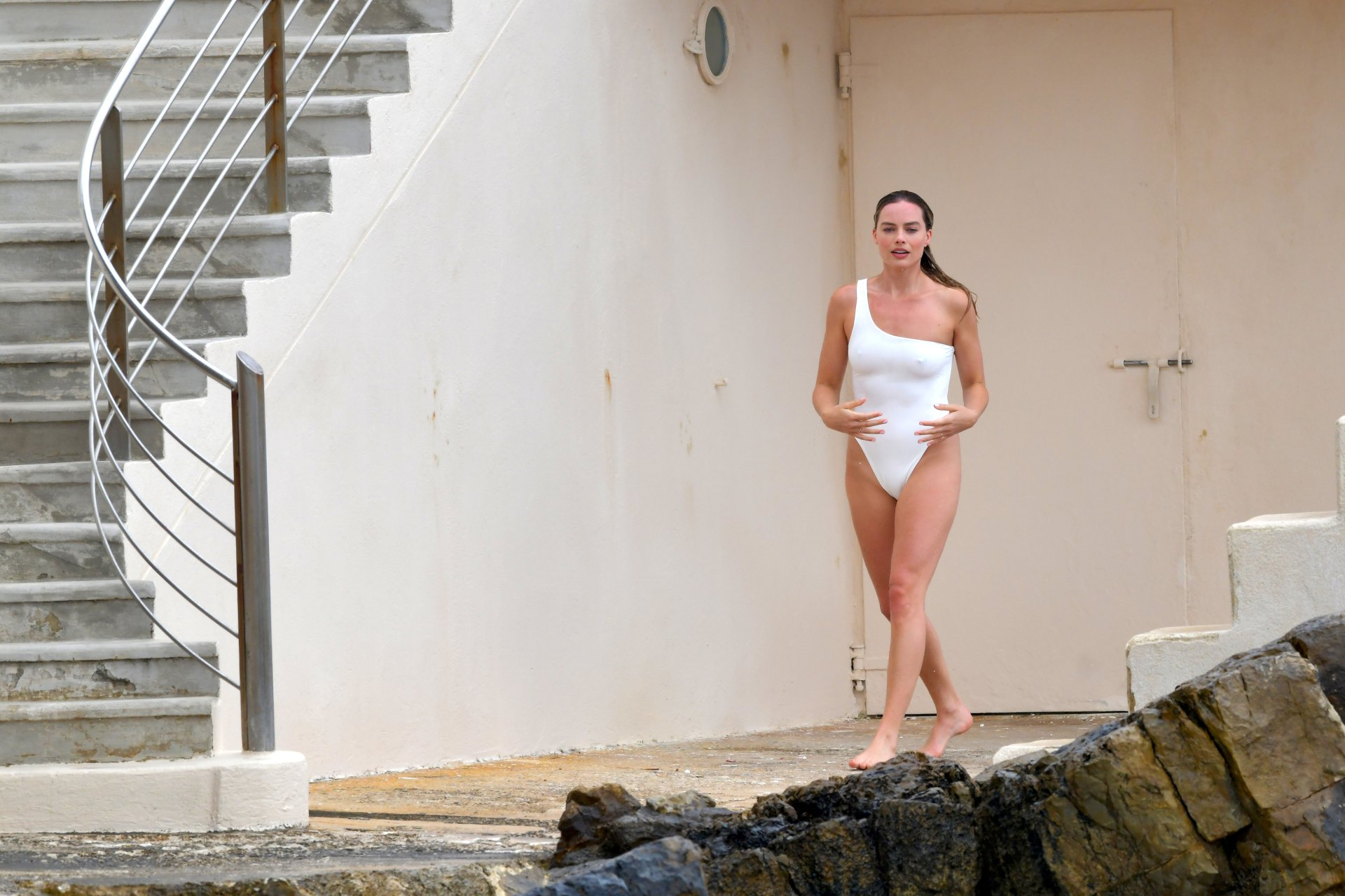 Margot Robbie Sexy White Swimsuit