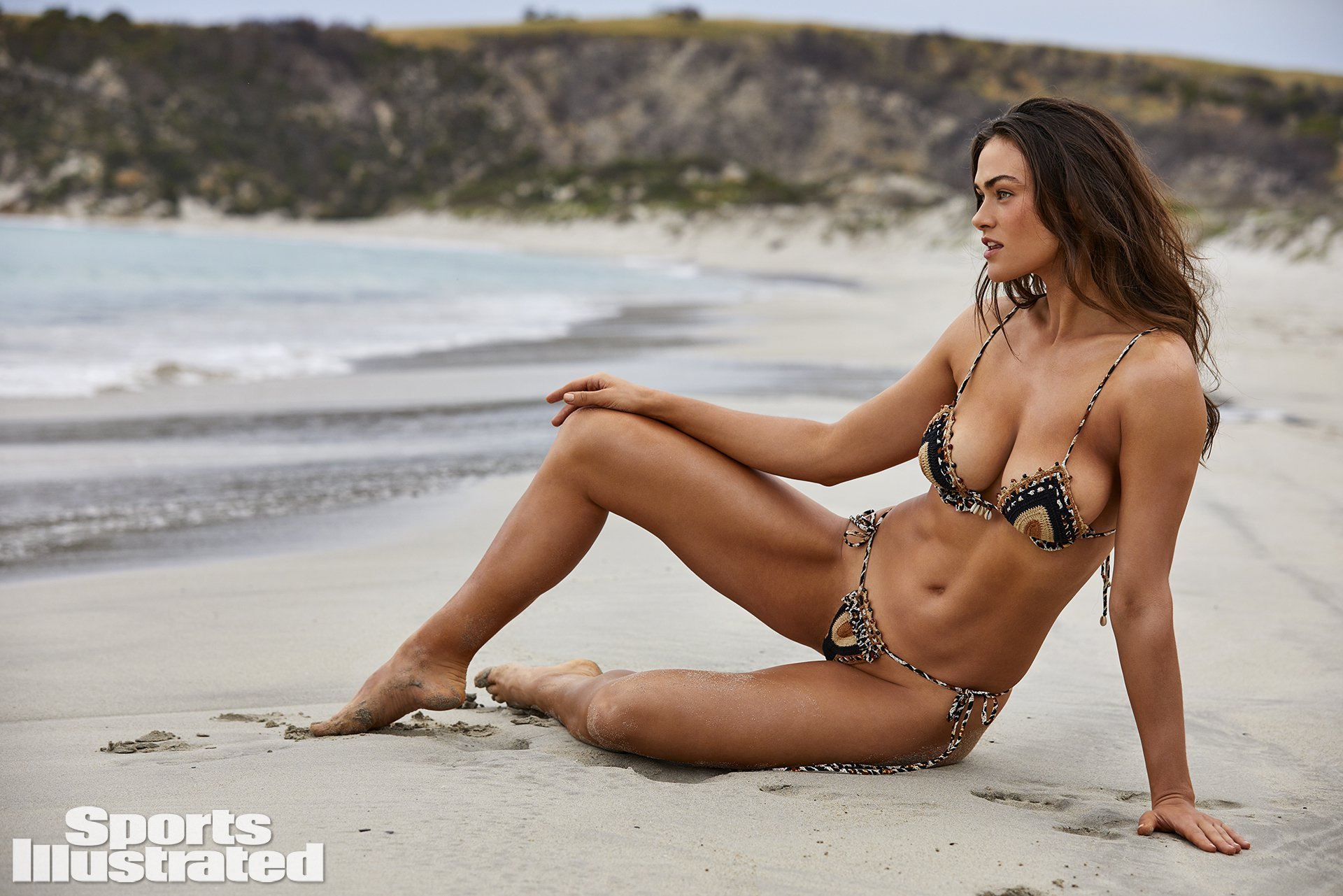 Myla Dalbesio - Sports Illustrated Swimsuit 2019