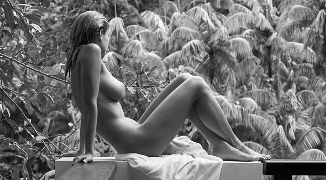 Genevieve Morton – Naked in Private Island Colection by Derek Riker (NSFW)
