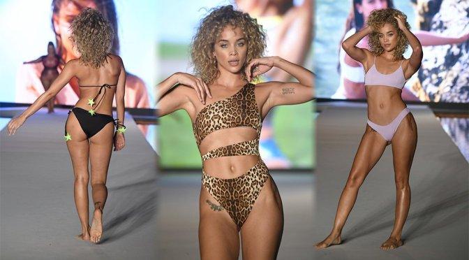 Jasmine Sanders – 2019 Sports Illustrated Swimsuit Runway Show at Miami Swim Week