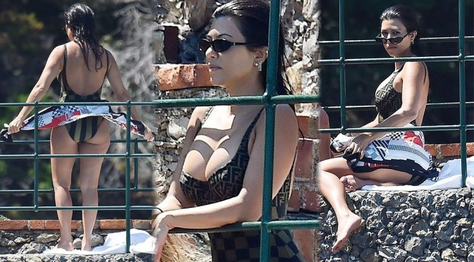 Kourtney Kardashian – Swimsuit Candids in Portofino