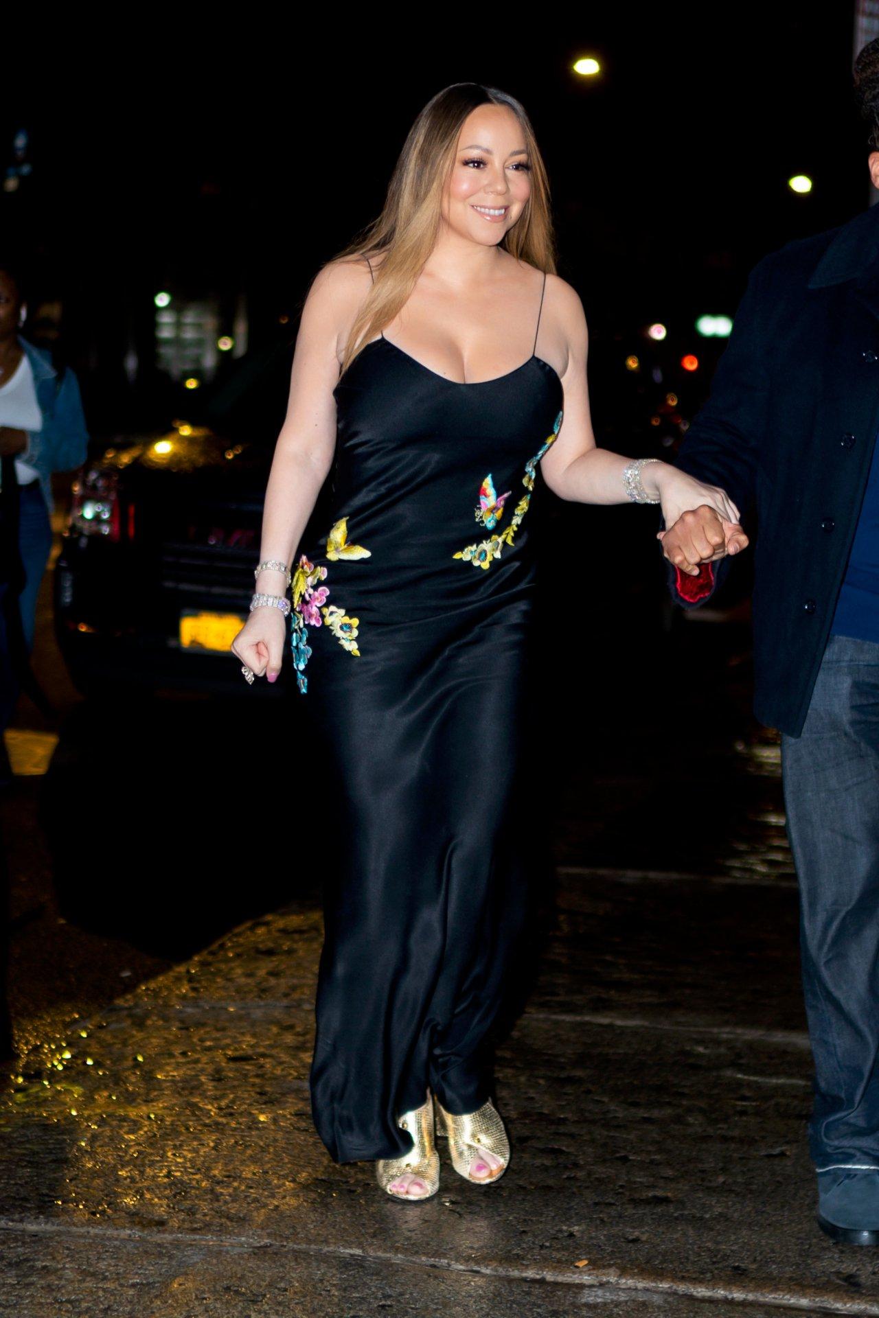 Mariah Carey Sexy Big Cleavage