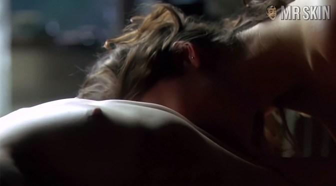 See Piper Perabo's Pair-a-boobs!