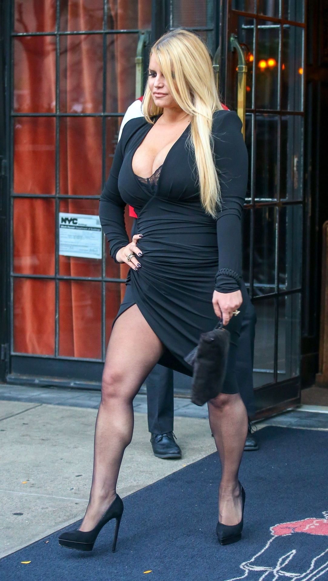 Jessica Simpson Big Cleavage | Hot Celebs Home