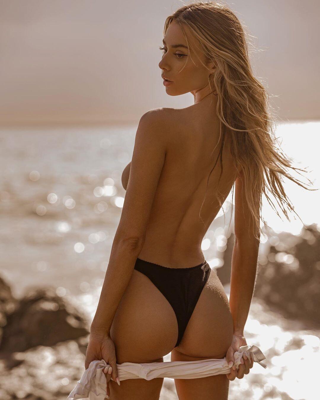 Celeste Bright Naked