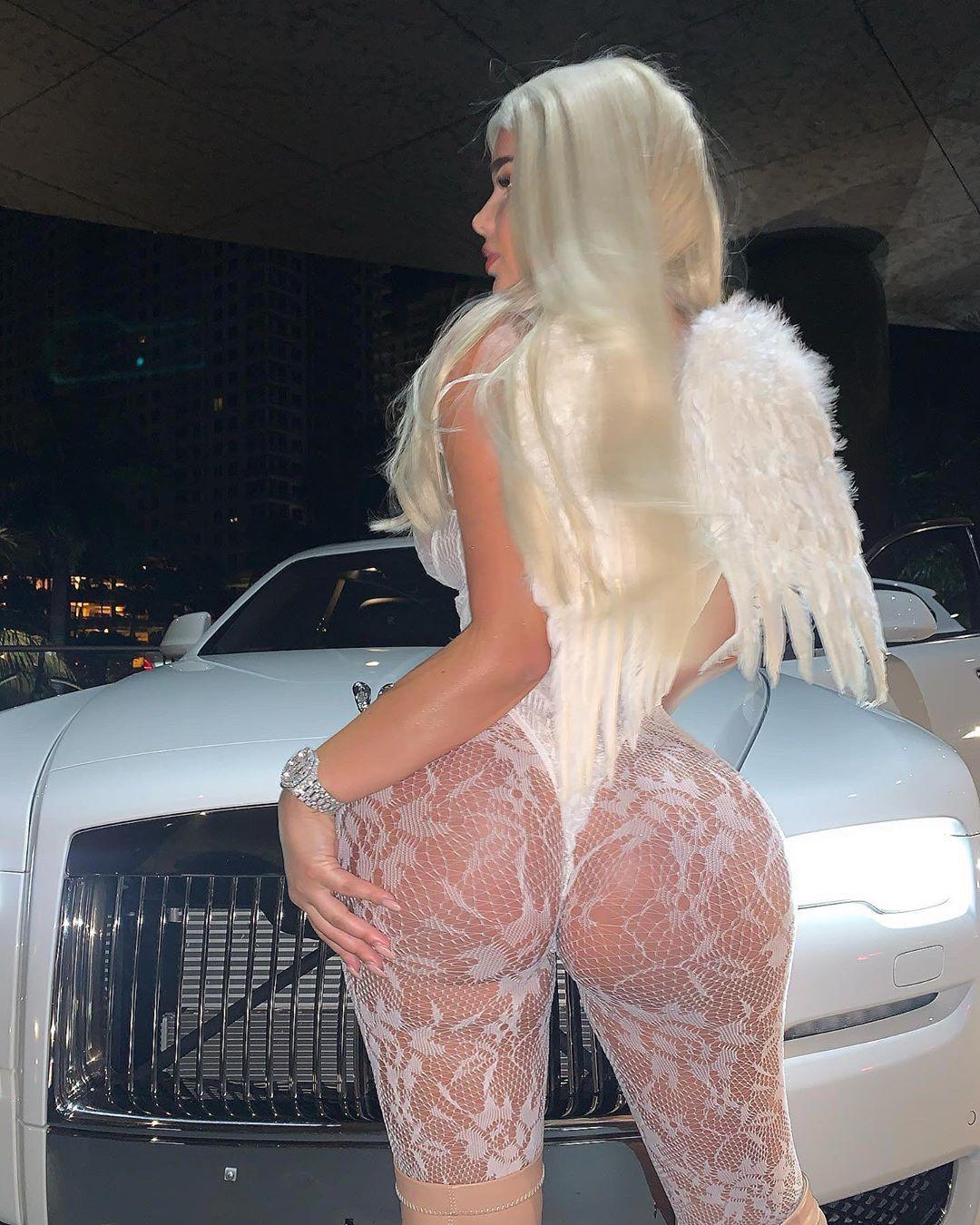 Anastasia Kvitko Huge Ass In Lingerie